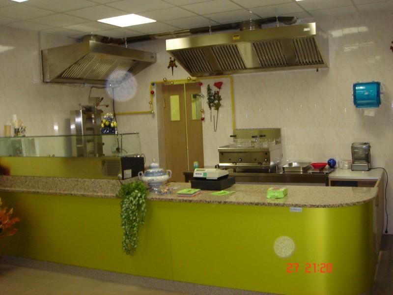 Arredamenti kebab linea arredo for Arredamento paninoteca