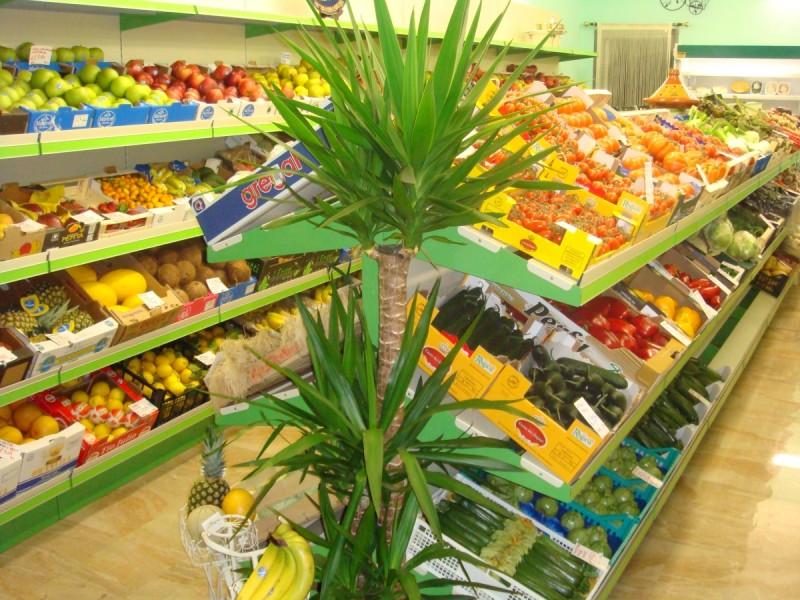 Minimarket frutta e verdura linea arredo for Arredamento frutta e verdura